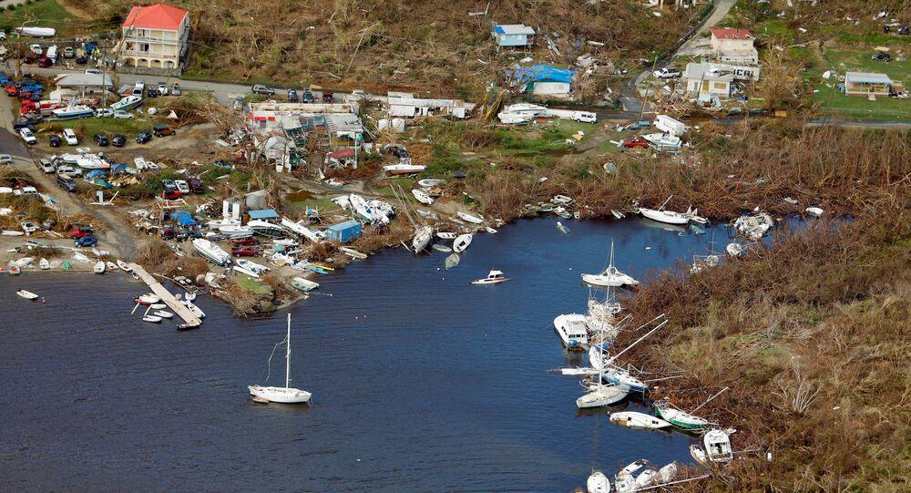 سفن مدمرة نتيجة للإعصار إيرما