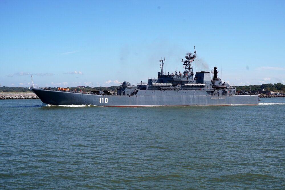 مناورات الغرب-2017 بين روسيا وبيلاروسيا - سفينة إنزال كبيرة ألكسندر شابالين