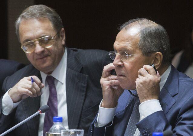 وزير الخارجية الروسية سيرغي لافروف ونائبه ميخائيل بوغدانوف