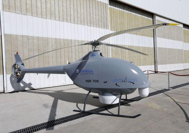 طائرة هليكوبتر بدون طيار