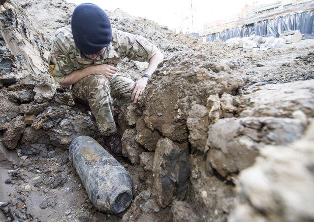 قنبلة  بريطانية من مخلفات الحرب العالمية الثانية