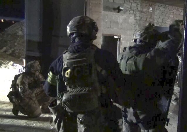 ضباط خلال عملية خاصة في داغستان
