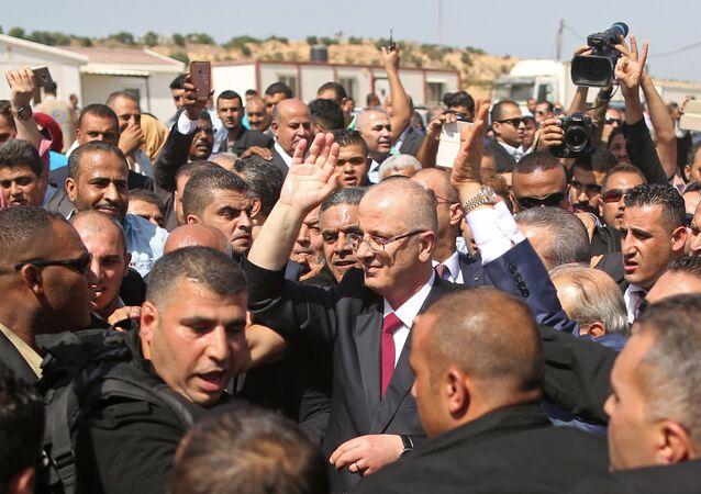 استقبال وفد من المسؤولين من حركة فتح - رئيس الوزراء الفلسطيني رامي الحمدالله في مدينة غزة، قطاع غزة، فلسطين 2 أكتوبر/ تشرين الأول 2017