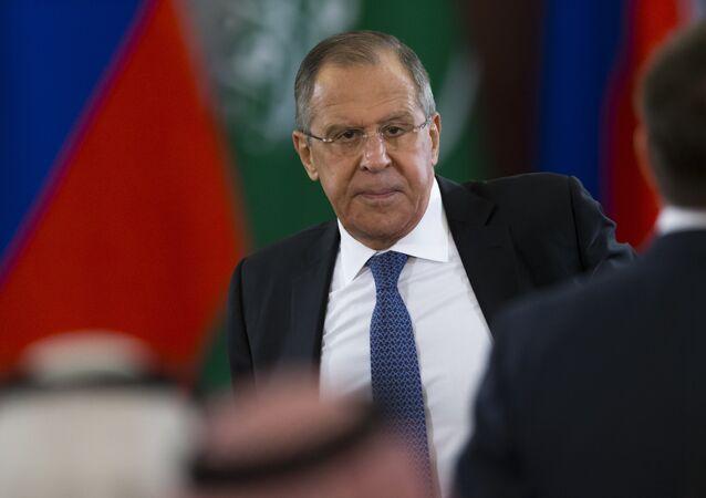 وزير الخارجية الروسي سيرغي لافروف خلال المحادثات الروسية السعودية في موسكو
