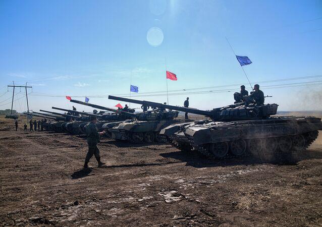 دبابات جمهوريتي دونيتسك ولوغانسك الشعبيتين
