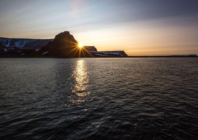 أرخبيل أرض فرانس جوزيف في بحر بارنتس في منطقة القطب الشمالي - جزيرة مايبل