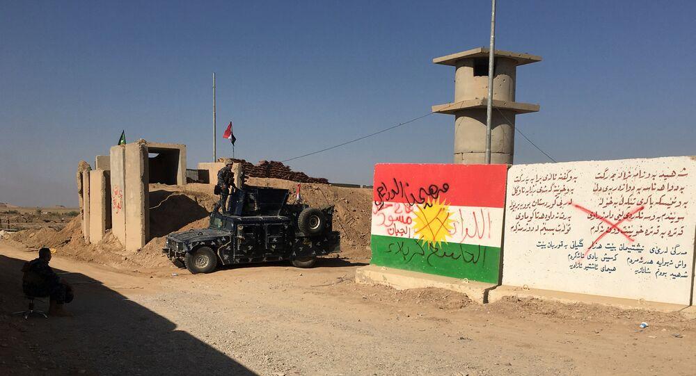 القوات الاتحادية العراقية قرب حقل نفط في كركوك