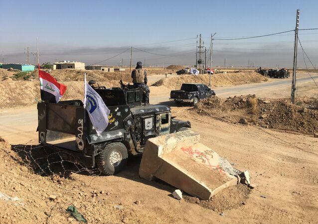 القوات العراقية بالقرب من حقول النفط في كركوك، أكتوبر 2016