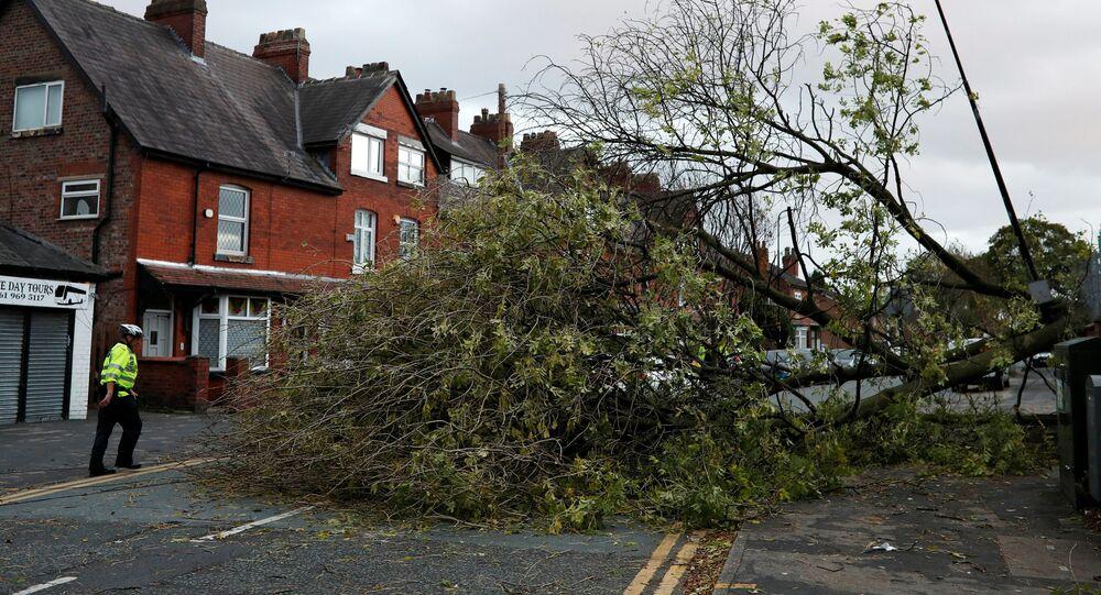 إعصار أوفيليا في بريطانيا، 16 أكتوبر/ تشرين الأول 2017