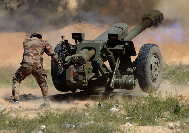 مدفع هاوتزر دي-30 للجيش السوري