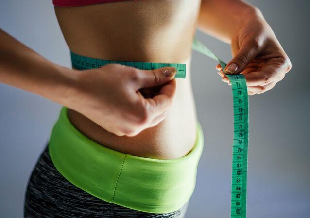 دراسة : النحافة تضر بصحة النساء