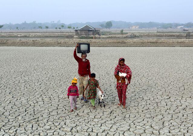 مسابقة التصوير البيئي لعام 2017 - صورة بعنوان Drought of Bangladesh (جفاف بنغلادش) للمصور برونوب غوش