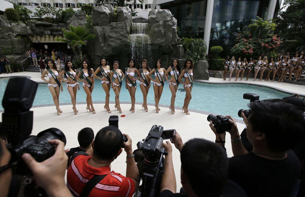 جلسة تصوير للمشاركات في مسابقة ملكة جمال الأرض لعام 2017 في مانيلا، الفلبين 30 أكتوبر/ تشرين الأول 2017