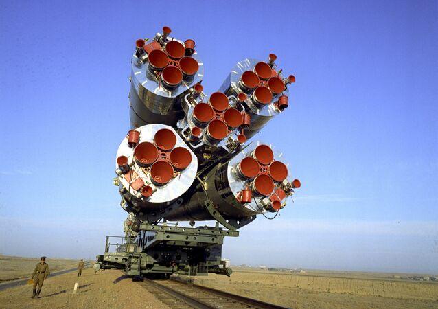 فوهات محركات الصاروخ