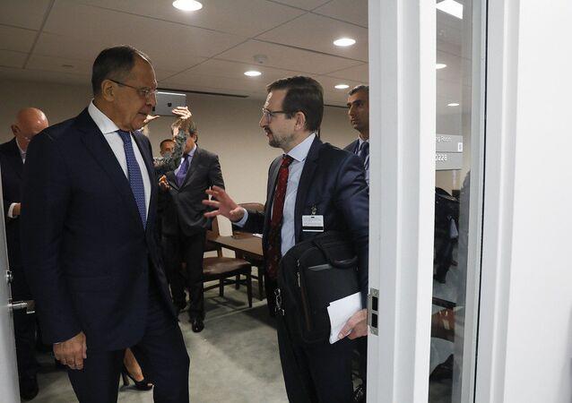 لافروف يناقش مع أمين عام منظمة الأمن والتعاون في اوروبا تسوية النزاعات في العالم