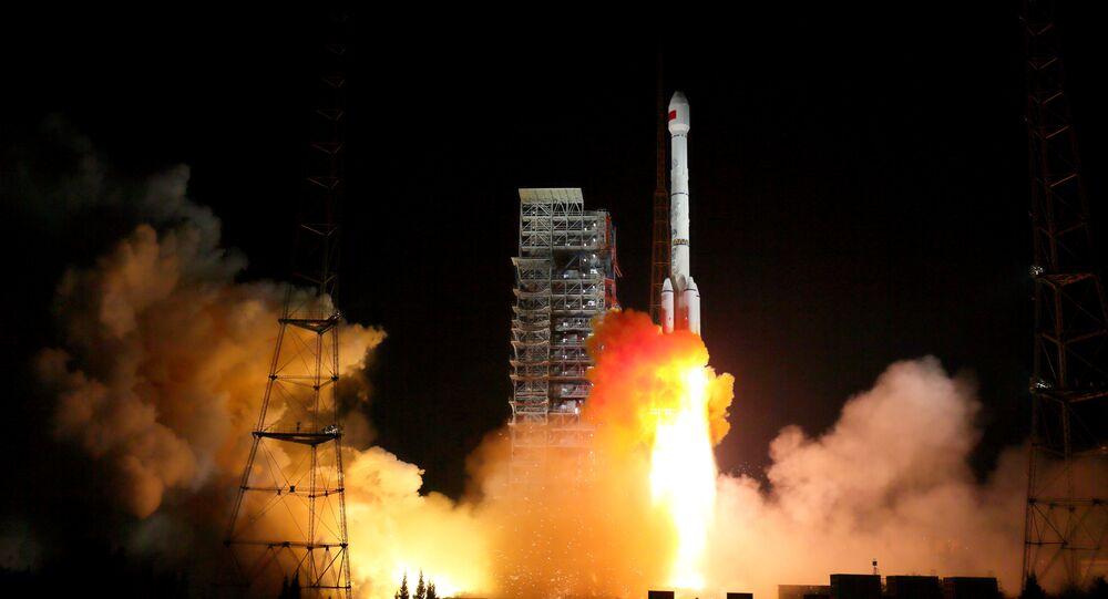 صاروخ من طراز لونغ مارش-3 بي