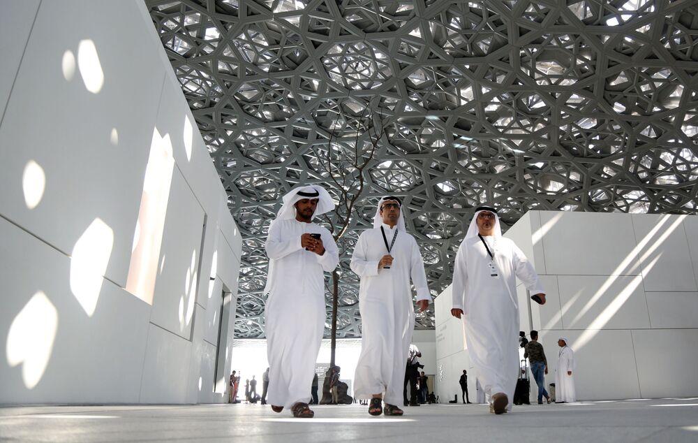 مبنى متحف الفنون لوفر أبو ظبي في أبو ظبي، الإمارات العربية المتحدة 6 نوفمبر/ تشرين الثاني 2017
