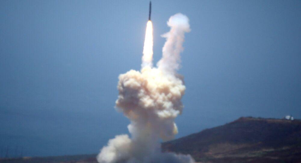 صاروخ بالستي (أرشيفية)