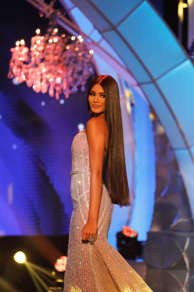 ملكة جمال دلتا أماكورو، ستيفاني غوتيريز، خلال مشاركتها في مسابقة ملكة جمال فنزويلا  لعام 2017 في كراكاس، فنزويلا 9 نوفمبر/ تشرين الثاني 2017