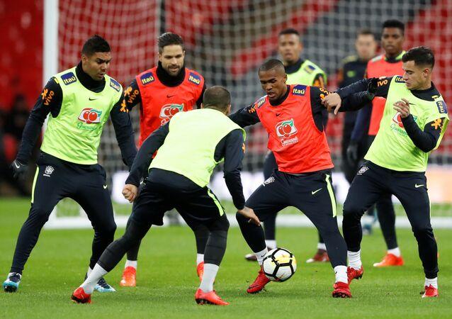 تدريبات المنتخب البرازيلي قبل لقاء المنتخب الإنجليزي