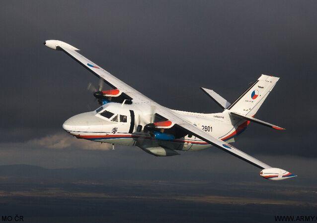 طائرة Let L-410