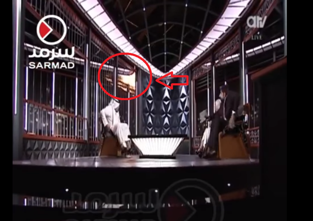 توثيق لحظة احتراق استيديو قناة كويتية على الهواء مباشرة