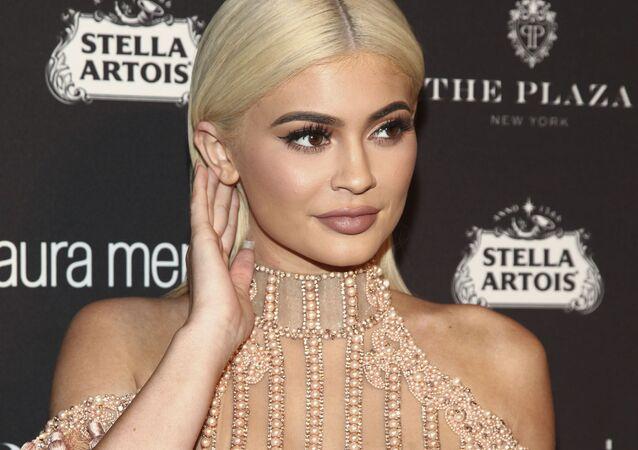 الأجور الأعلى بين المشاهير الشباب لعام 2017 وفقا لمجلة فوربس - عارضة أزياء الأمريكية كايلي جينير