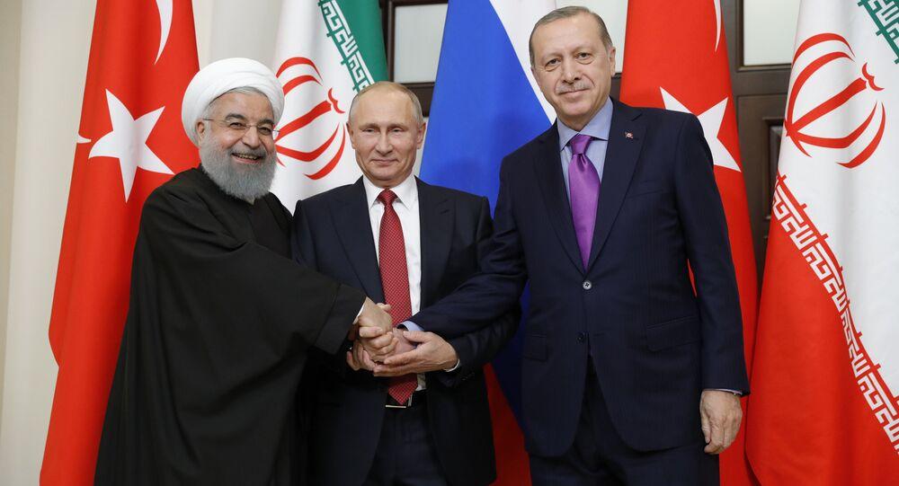 لقاء ثلاثي يجمع بوتين مع أردوغان وروحاني في سوتشي، 22 نوفمبر 2017