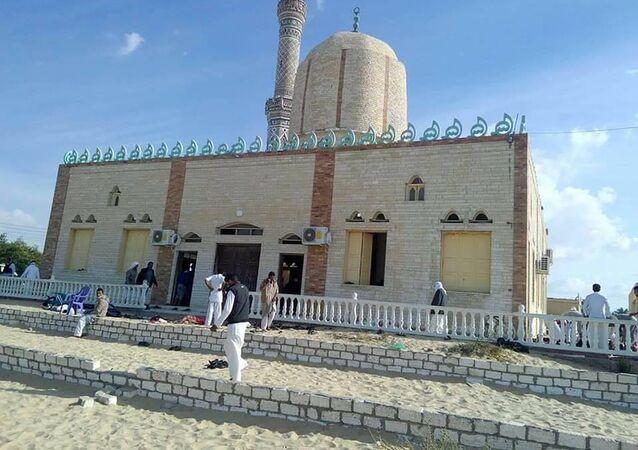 مسجد الروضة في منطقة بئر العبد غرب العريش