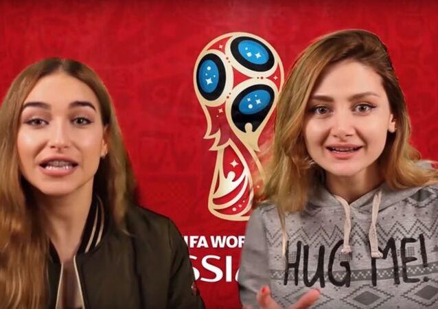 فتاتان عربيتان في روسيا تقدمان دليلا مبسطا لحضور مباريات كأس العالم بدون فيزا