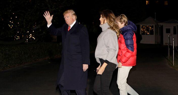 ترامب وعائلته يعودون إلى البيت الأبيض