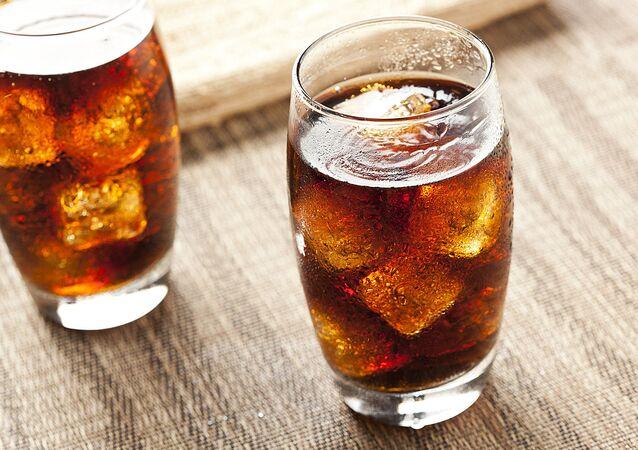 مشروب الكولا الغازي