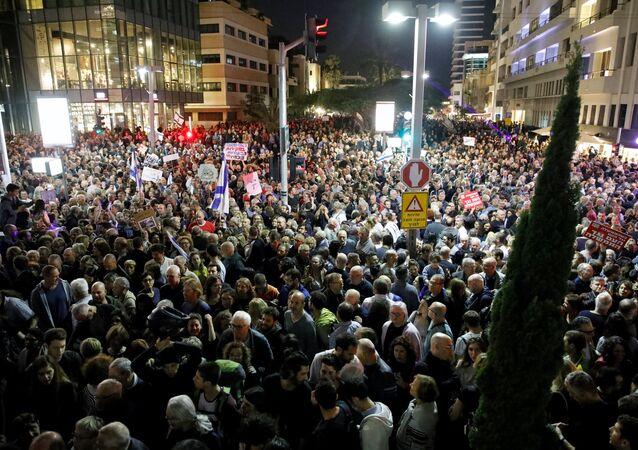 مظاهرات ضد الفساد في تل أبيب، إسرائيل 2 ديسمبر/ كانون الأول 2017
