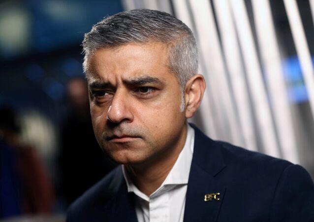 عمدة لندن صادق خان
