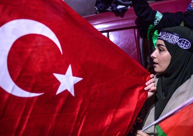 احتجاجات على قرار دونالد ترامب بشأن القدس أمام القنصلية الأمريكية في اسطنبول، تركيا 6 ديسمبر/ كانون الأول 2017