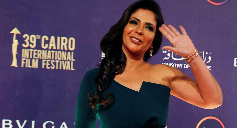 الممثلة المصرية منى زكي، خلال مهرجان القاهرة السينمائي الـ 39، مصر 21 نوفمبر/ كانون الأول 2017
