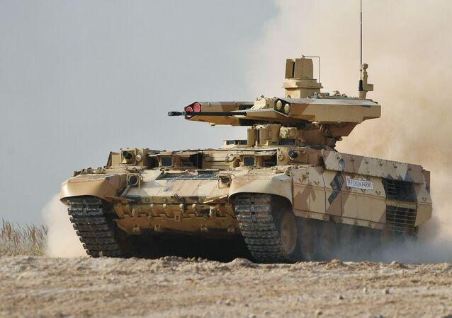 المركبة المقاتلة تيرميناتور مجهزة بمدفع رشاش