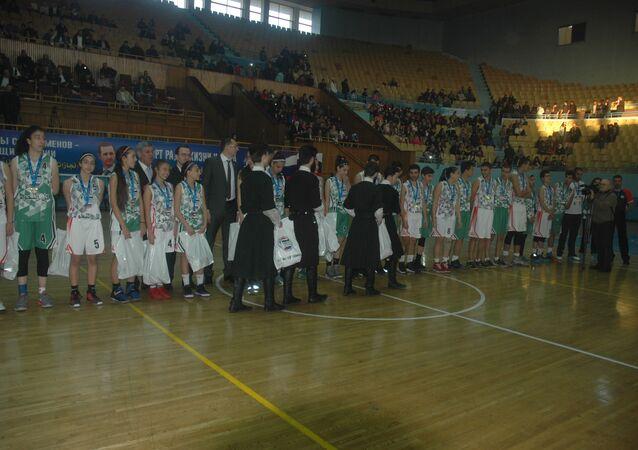 بالصور   الكرنفال الروسي - السوري لكرة السلة في دمشق