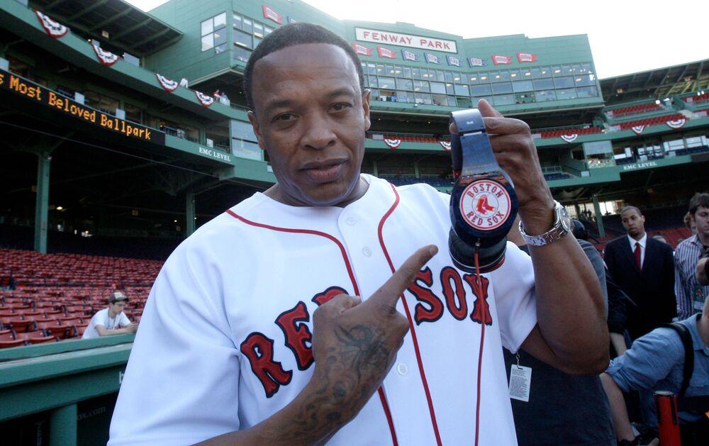 مغني الراب الأمريكي Dr. Dre