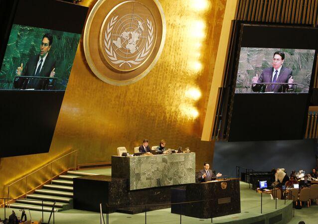 مندوب إسرائيل داني دانون في جلسة الجمعية العامة للأمم المتحدة حول القدس