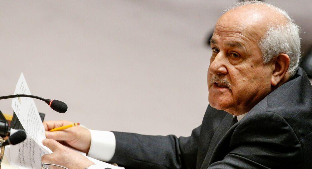 المراقب الدائم لدولة فلسطين لدى الأمم المتحدة، رياض منصور يتحدث خلال اجتماع مجلس الأمن التابع للأمم المتحدة حول الوضع في الشرق الأوسط، بما في ذلك فلسطين، في مقر الأمم المتحدة في نيويورك، نيويورك، الولايات المتحدة، 18 ديسمبر/ كانون الأول 2017