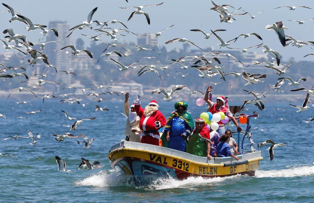 الاحتفالات بعيد الميلاد المجيد - فالباراسيو، تشيلي 24 ديسمبر/ كانون الأول 2017