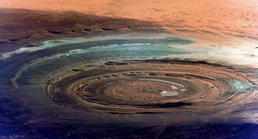 صورة لهيكل ريشات الشهير أو عين الصحراء من قبل محطة الفضاء الدولية