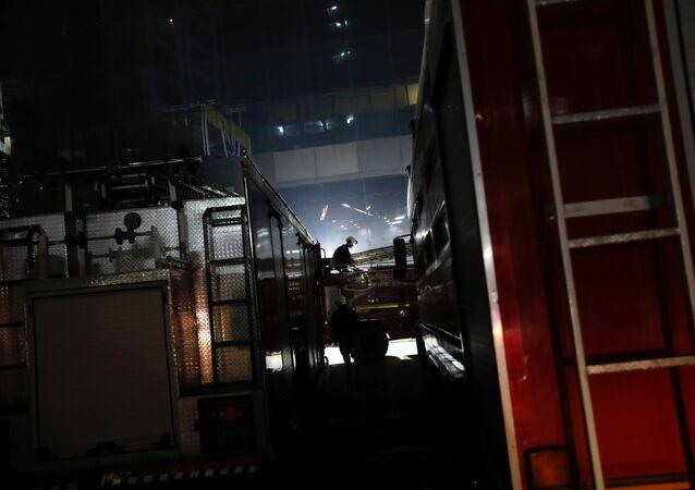 رجل إطفاء في حريق مومباي بتاريخ 29 ديسمبر/كانون الأول 2017