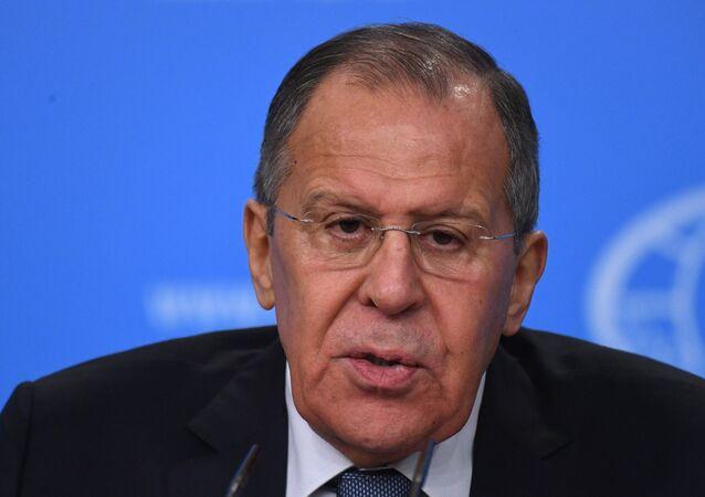 مؤتمر صحفي لوزير الخارجية الروسي سيرغي لافروف في 15 يناير/كانون الثاني 2018