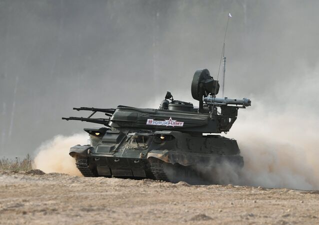 مدفع ذاتي الحركة خلال افتتاح معرض الجيش 2017 في روسيا