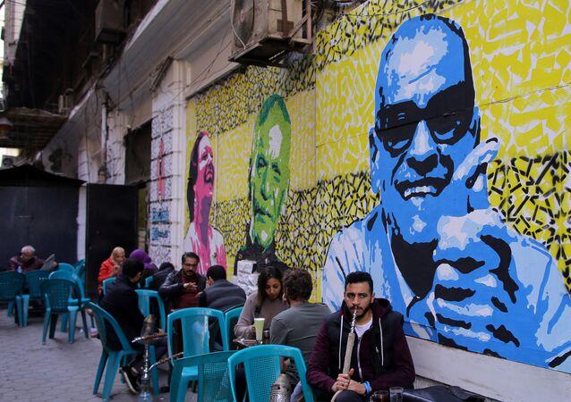 مقهى في القاهرة