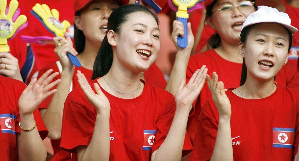 مشجعات كوريا الشمالية