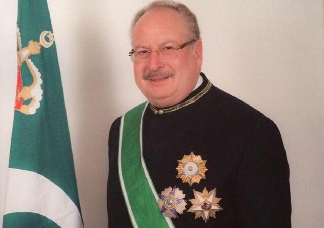 الملك السابق أحمد فؤاد