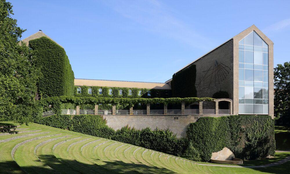 جامعة آرهوس، الدنمارك